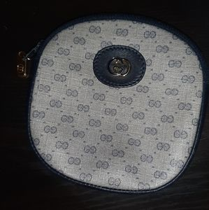 Gucci Accessories - Gucci coin pouch
